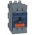 EZD160 塑壳配电保护 EZD160M-160A 4P 插入式(新)